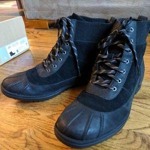 Ugg Women's Cayli Boot, Black, Size 9